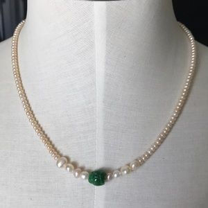 Mother Perl's jade stone real 100%